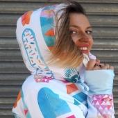 Good morning & dzień dobry #tvn 🙊🏄♀️😊📽️🏝️ Here comes a #BoardsLoca model from aside ➡️ in which one of us had an interview about @chilloca_brand & Mallorca recently☀️📺☀️📽️☀️  We receive a lot of questions about this colorful beauty and wish to remind that the whole description & more photos of all #CHICA 🌸 #CHILL 🌼 #LOCA 🌸 #hoodies #tshirt & #masks are present on a main website  ➡️ chilloca.eu ⬅️ (link in bio)  where you can also easily order them 😉💟💦💛🧁  Enjoy your day! Enjoy this collection as... IT'S ALL ABOUT THE LIFESTYLE 🍍🏄♀️🧁☀️💦🌸  Życzymy wspanialego dnia & zachęcamy do zaglądania na naszą główną stronę  ➡️chilloca.eu ⬅️  .. gdzie dokładnie można obejrzeć i zamówić chillocowe propozycje czyli #bluzy #koszulki #maseczki 🎭🎽👕  Ps. Widoczny na zdjęciu model jest ostatnio najpopularniejszy ze względu na zeszłotygodniowy występ w TV, gdy łączyłysmy się ze studio #ddtvn odpowiadając na pytania @filip_chajzer & @gosiaohme dotyczące marki, pracy w lotnictwie & życia na Majorce😊🌍💕✈️🏝️  💋 @dziendobrytvn  #dziendobry #ddtvn #buenosdías #goodmorning #colours #lifestyle #activegirls #morningbirds #paddle #sup #windsurfing #kitesurfing #surfing #surfinggirl #instasurf #mallorca #majorka #polishbrand #dobrebopolskie 🇵🇱➡️🌍